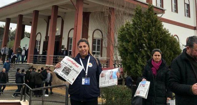 Adana'da cuma çıkışı dağıtılan Cumhuriyet gazetesi Belediye Meclisi'nde tartışıldı