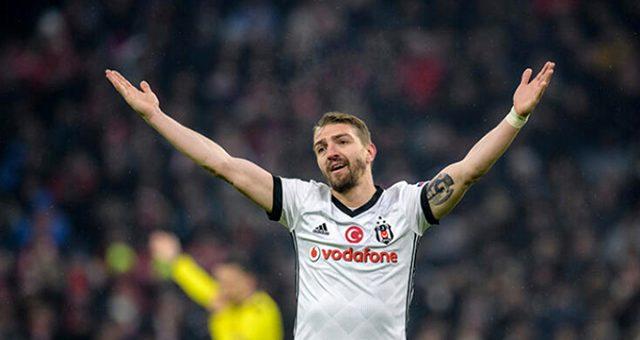 AEK, Caner Erkin'i transfer etmek istiyor