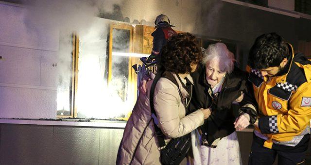 Ankara'da şizofren kızın çıkardığı yangında 91 yaşındaki annesi öldü