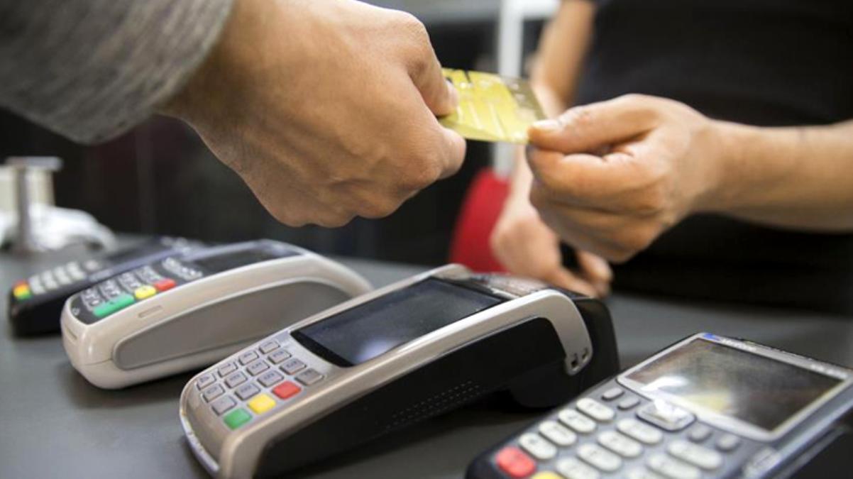 Bakanlık'tan vatandaşa kritik uyarı: Kredi kartı aidatı iadesi yaptığını iddia eden sosyal medya hesaplarına inanmayın