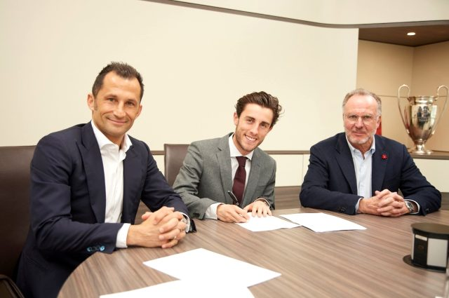 Bayern Münih, Real Madrid'den Odriozola'yı kiraladı