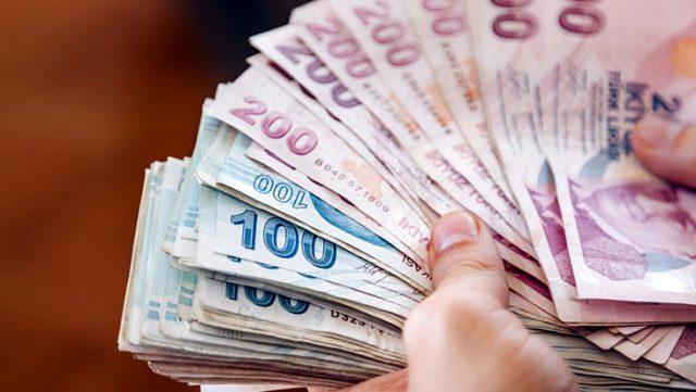 CHP, emeklilere verilen bayram ikramiyesinin 1500 liraya çıkarılmasını teklif etti