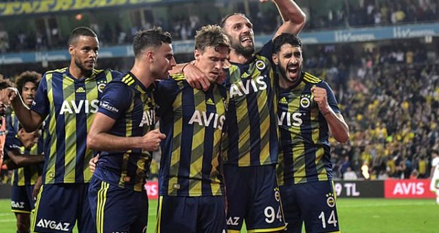 Fenerbahçe evinde Ankaragücü'nü 2-1 mağlup etti