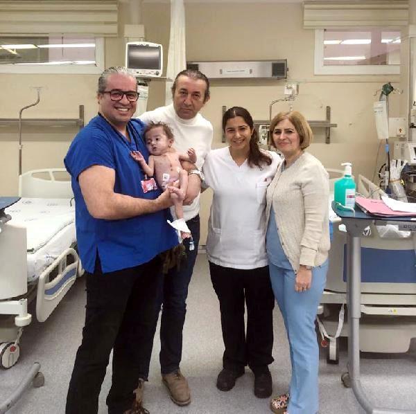 Gazi bebek, kalp zarından yapılan damarla hayata tutundu