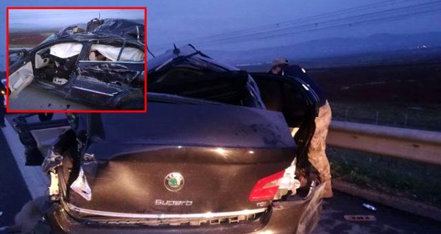 Gaziantep'te TIR ile otomobil çarpıştı: 2 ölü, 3 yaralı