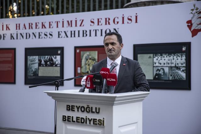 """""""Hilal-i Ahmer'den Kızılay'a 153 Yıllık İyilik Hareketimiz"""" sergisi İstiklal Caddesi'nde açıldı"""