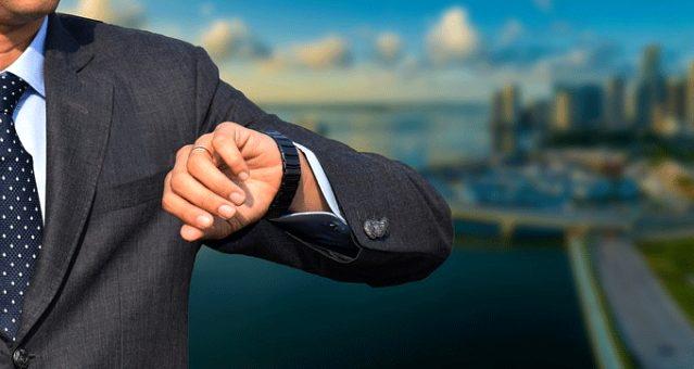 Hırsızlar Japon iş adamının kolundan 830 bin dolarlık saatini çaldı