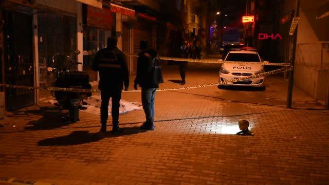 İzmir tartıştığı kişiyi sokak ortasında göğsünden bıçaklayarak öldürdü