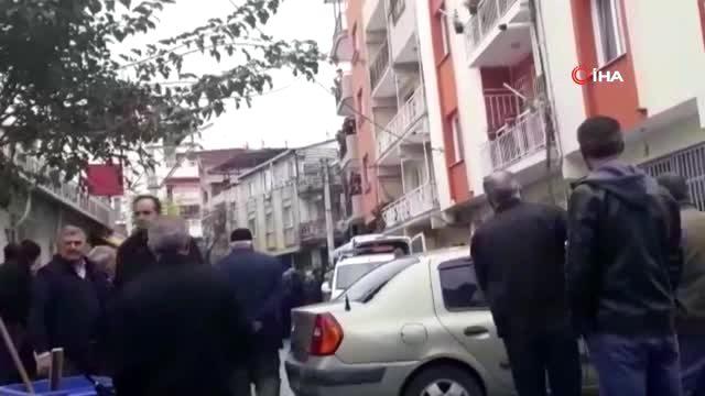 İzmir'de korkunç cinayet: Karısını baltayla öldürüp daha sonra kendini polise ihbar etti