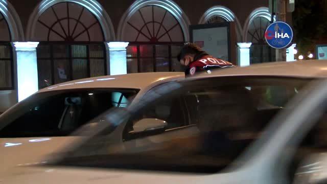 Kısıtlamanın bitmesiyle vatandaşlar araçlarıyla yollara çıktı, benzinliklerde araç kuyrukları oluştu