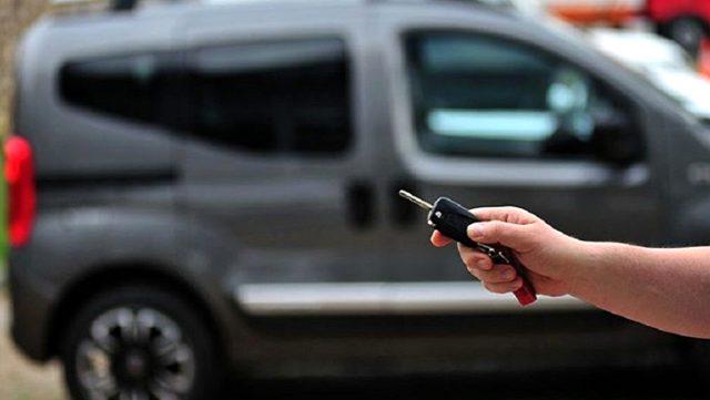 Kredi faizleri ve fiyatlar yükselince 2. el araç satışı durma noktasına geldi