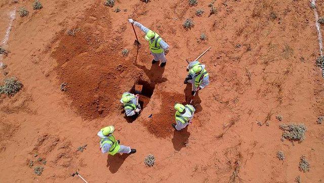 Libya'da toplu mezarlardan 23 günde 208 cansız beden çıkarıldı