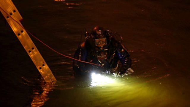 Nehre düşen ünlü tarihçinin sırt çantasında bir kadının kolları bulundu