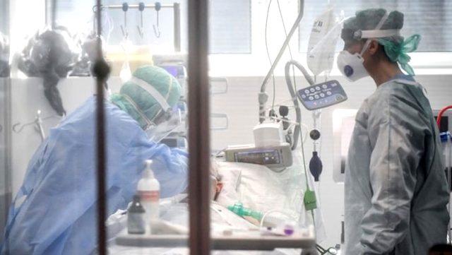 New York Belediye Başkanı Bill de Blasio: 1 haftalık tıbbi malzeme kaldı