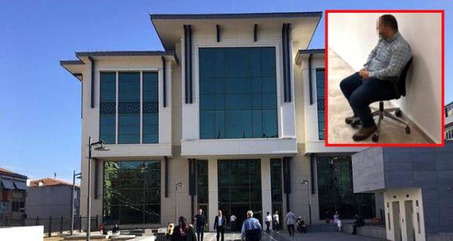 Önünde ayağa kalkmayan gence ceza veren belediye başkan yardımcısı Veysel İpekçi istifa etti