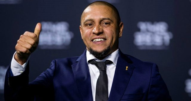 Roberto Carlos Türkiye'ye geleceği iddialarını yalandı