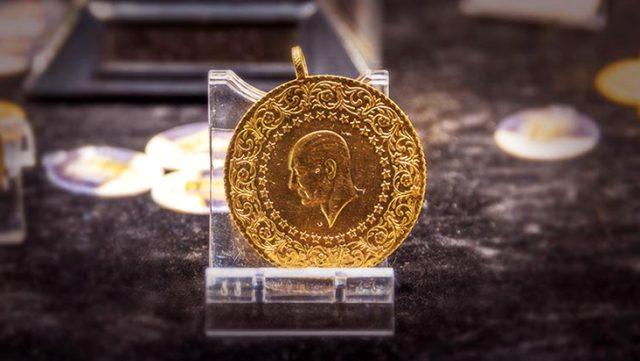 Sabah saatlerinde 432 liraya kadar düşen gram altın, tepki alımları nedeniyle tekrar tırmanışa geçti
