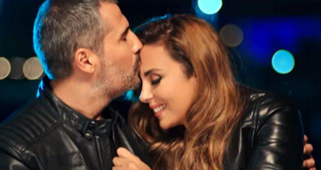 """Şarkıcı Aslıhan Hünel klibindeki öpüşme sahnesini """"Türk halkına saygımızdan"""" diyerek kaldırdı"""