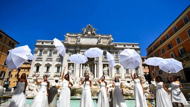 Sicilya adasında evlenecek çiftlere 3 bin euroya kadar ikramiye verilecek