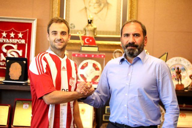 Sivasspor, Jorge Felix ile iki yıllık sözleşme imzaladı
