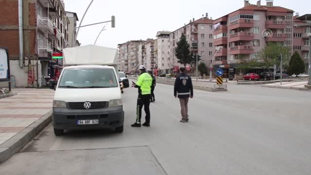"""Τα """"δυναμικά στοιχεία ελέγχου"""" συνεχίζονται υπό την απαγόρευση κυκλοφορίας – Gazete Demokrat"""