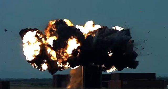 SOM-B2 füzesi atış testinde hedefi başarıyla vurdu