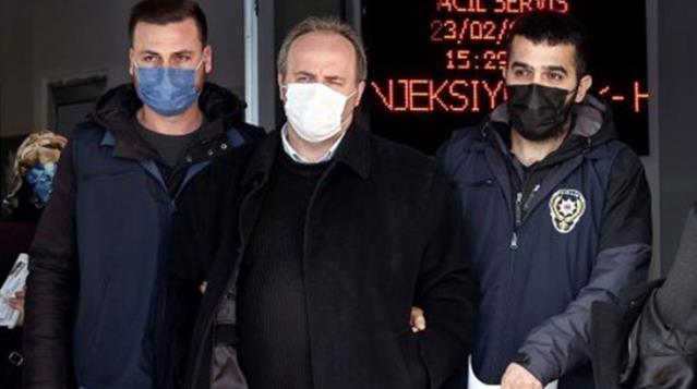 Son Dakika: AK Partili Zengin'e hakaret ettiği için gözaltına alınan Avukat Mert Yaşar, 'Cumhurbaşkanına hakaret'ten tutuklandı