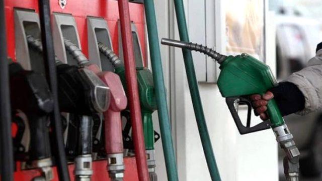 Son Dakika: Benzine 15 kuruş, motorine ise 13 kuruş zam geldi