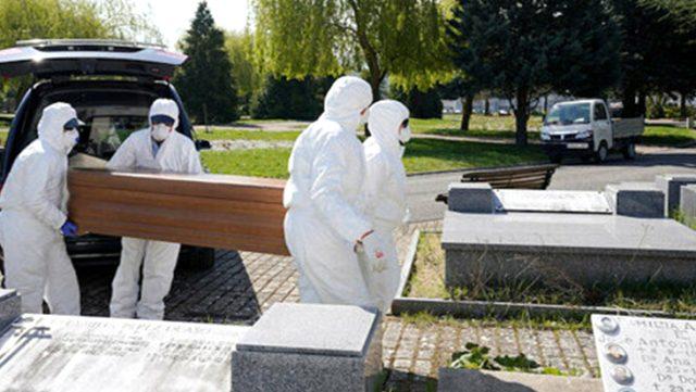 Son Dakika: İspanya'da koronavirüs sebebiyle bir günde 838 kişi hayatını kaybetti