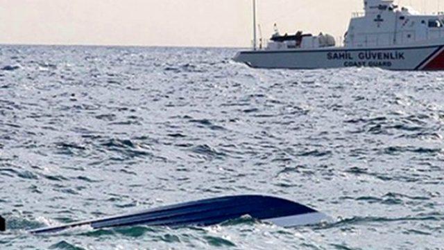 Son dakika: İzmir'de, içinde 10 kişinin bulunduğu tekne battı: 4 ölü, 1 ağır yaralı
