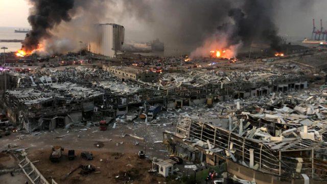 Son Dakika: Lübnan'ın başkenti Beyrut'ta büyük bir patlama meydana geldi: 25 ölü, 2200 yaralı