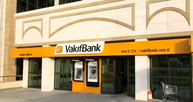 Son dakika: Vakıflar Bankası'nın yüzde 58,5 oranındaki hissesi Hazine'ye devredildi