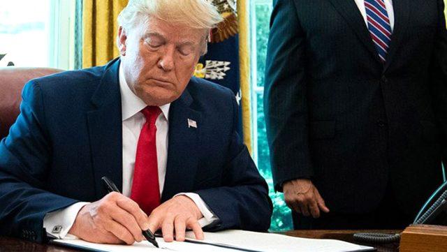 Sosyal medya kararnamesini imzalayan Trump, hem Twitter'a hem basına laf attı