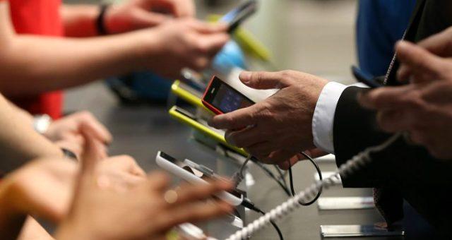 Telefon taksidine 3 ay sınırlaması geldi! İşte 12 ay taksitle alınabilecek telefonlar