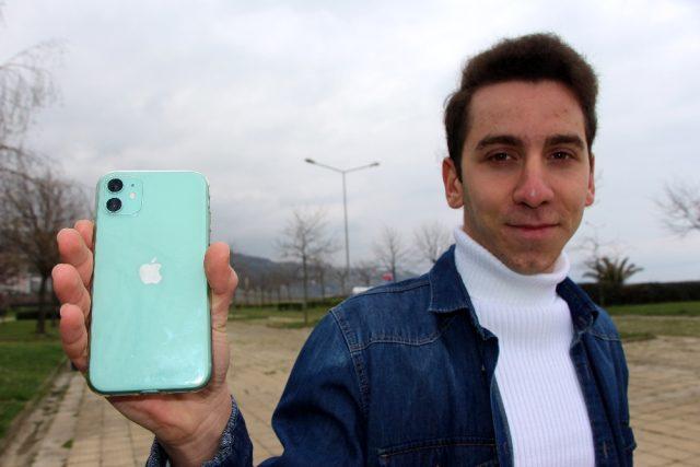 Trabzonlu lise öğrencisi, Siri'nin açığını bulunca Apple tarafından 3 bin dolar ile ödüllendirildi